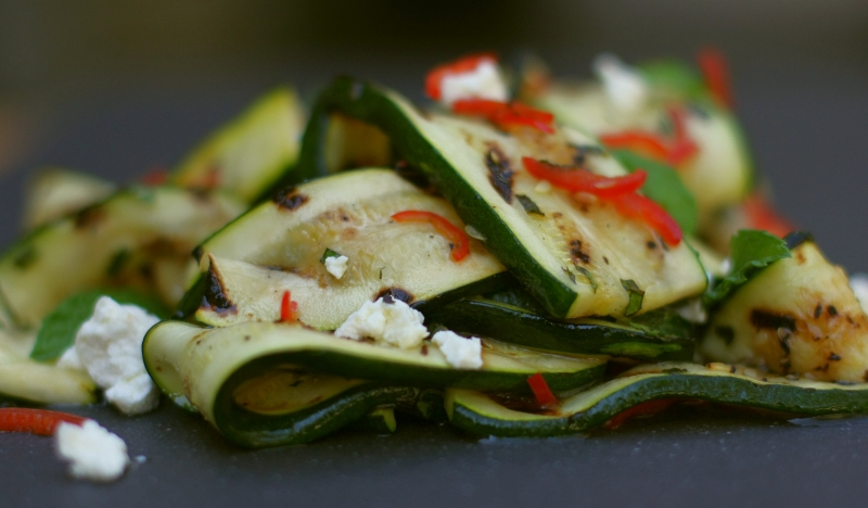 Zucchini and minut salad