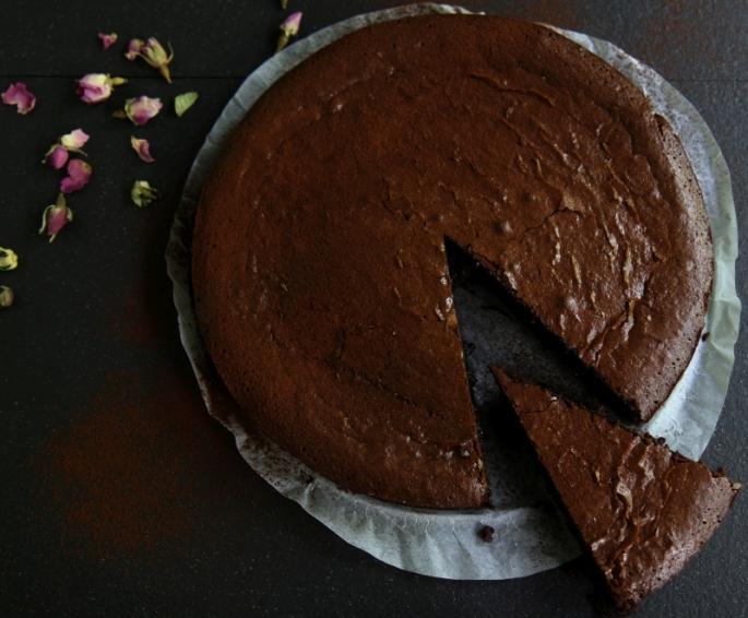 flourless chocolate cake2 resized