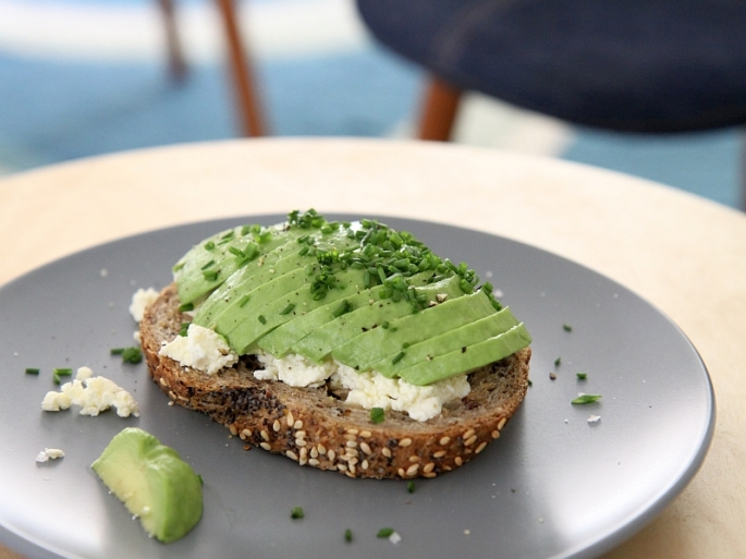 avo-on-toast1-resized