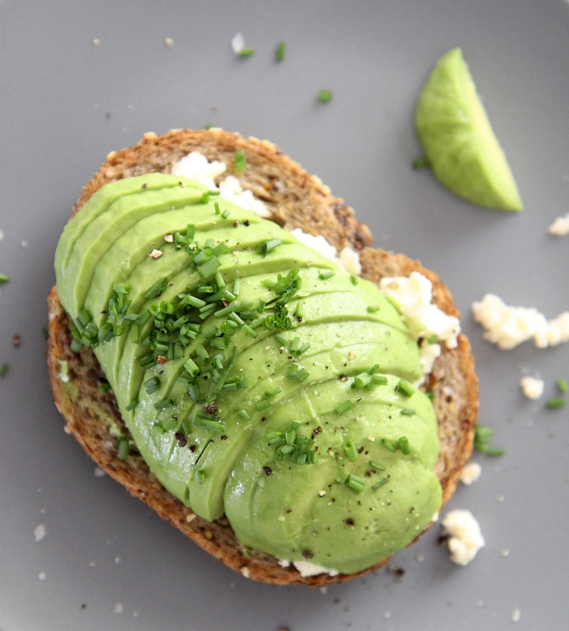 avo-on-toast2-resized